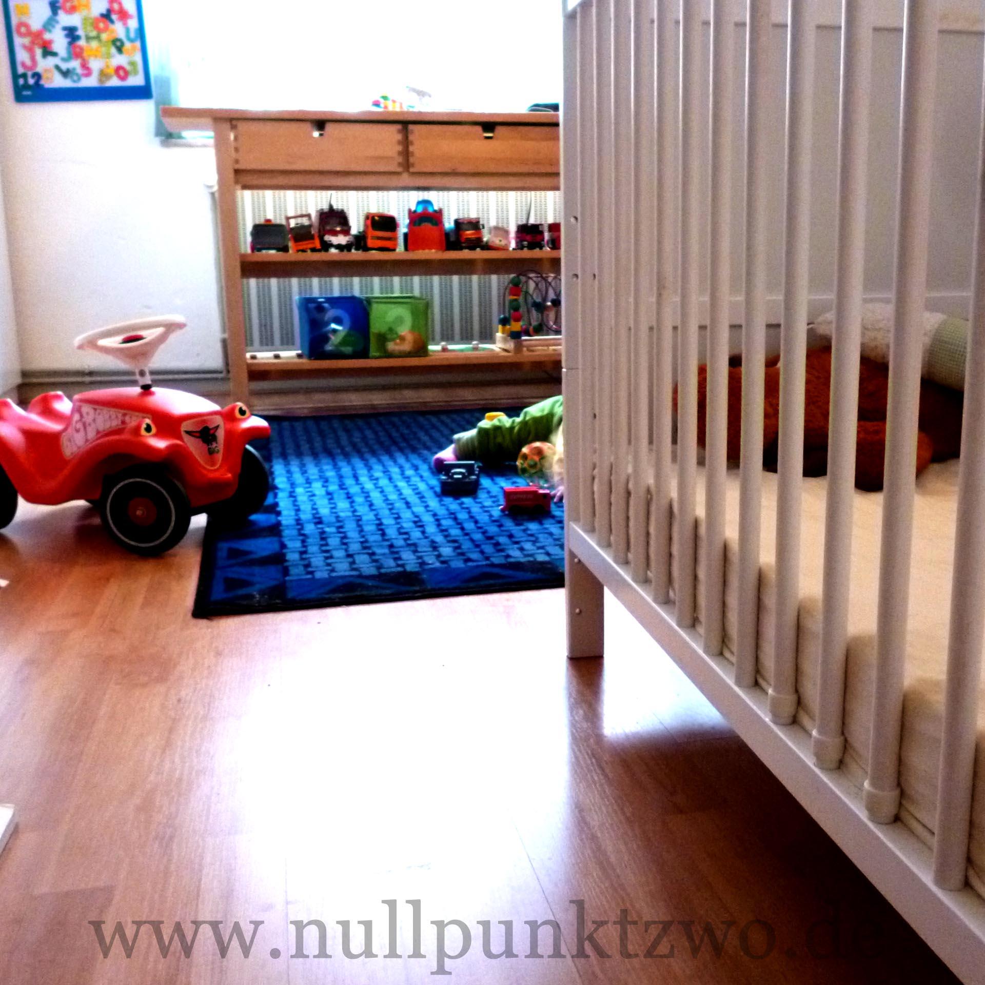wie l ufts eigentlich mit dem gemeinsamen kinderzimmer nullpunktzwo. Black Bedroom Furniture Sets. Home Design Ideas