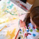 Selbstgemachte Geschenke: Kleine Kunstwerke in Szene gesetzt