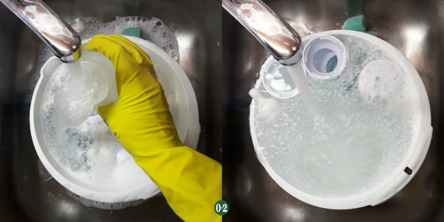 Gereinigte Flaschenteile klarspülen