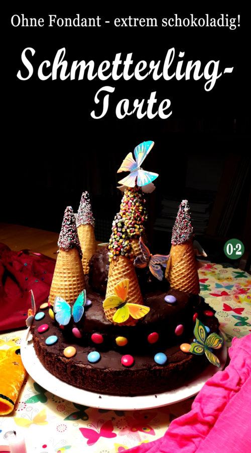 Der Kuchen für die Kinderparty mit dem Motto Schmetterling!