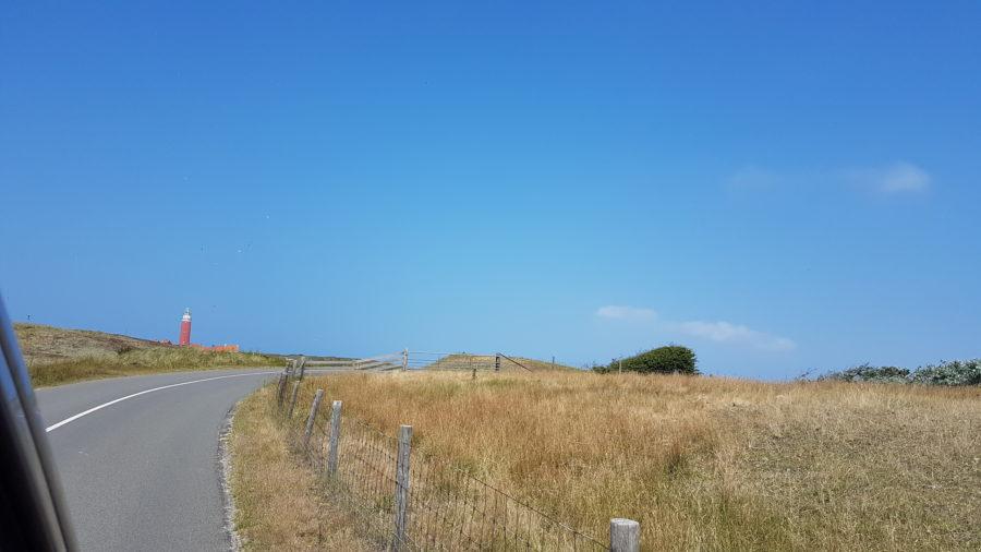 Lange Anfahrt zum Paal 31 / zum Leuchtturm auf Texel