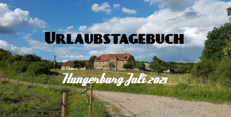 Ansicht der Hungerburg vom dahinter liegenden Feldweg aus